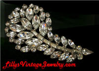 Vintage Quality Sparkling Rhinestones Comma Brooch