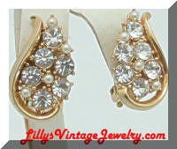 Pretty Gold tone Rhinestones faux Pearls Vintage Earrings