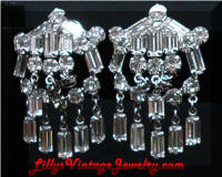 Alluring Quality Dangling Rhinestones Earrings