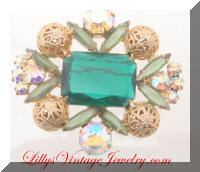 DeLIZZA and ELSTER AB Green Rhinestones Golden Filigree Beads Brooch