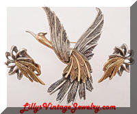Vintage ART Bird in Flight Brooch Earrings Set
