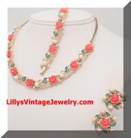 Vintage Coral Plastic Roses faux Pearls Necklace Bracelet Earrings Set