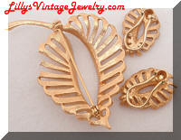 Vintage Golden Rhinestones Leaves Brooch Earrings Set
