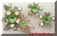 Vintage Peridot Givre green brooch earrings set