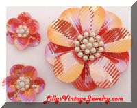 Iridescent Enamel Pearls Flowers Brooch earrings set