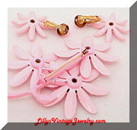 Vintage Flower Power Pink Enamel Brooch Earrings Set
